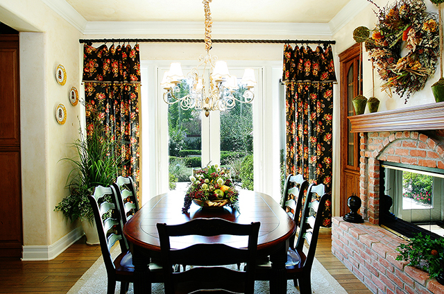 interior-design-tustin-mediterranean-breakfast-nook